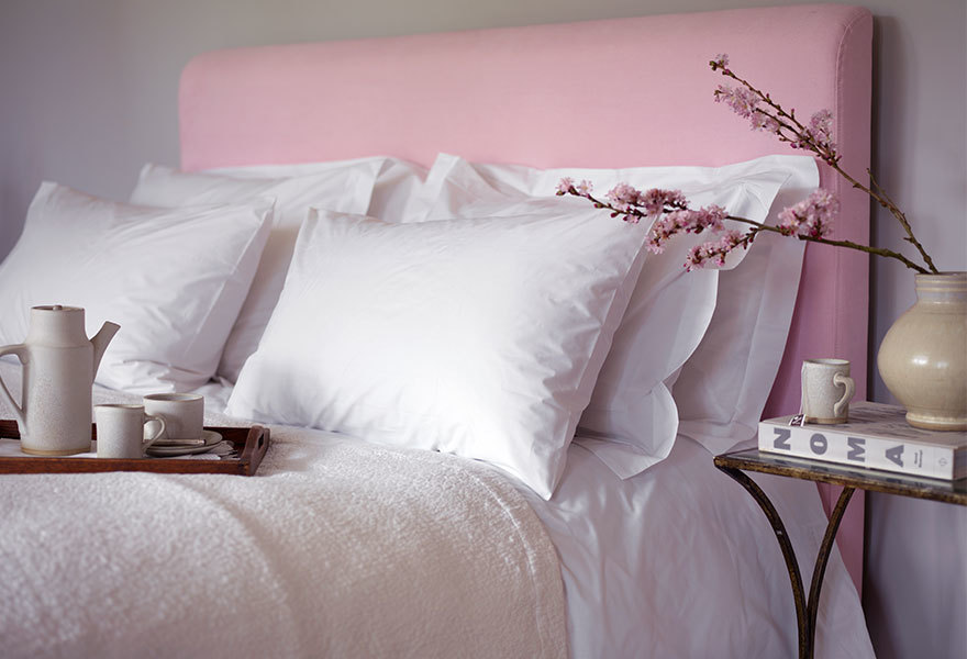 white-crisp-bedding.jpg#asset:5583