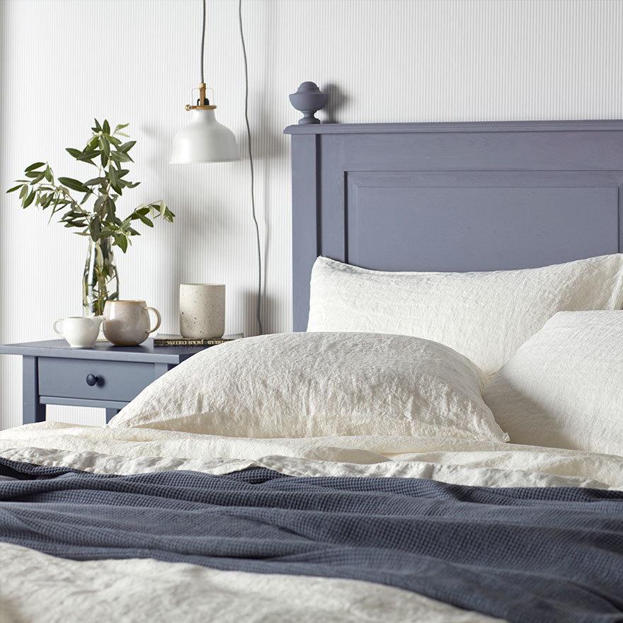 100% linen bedding