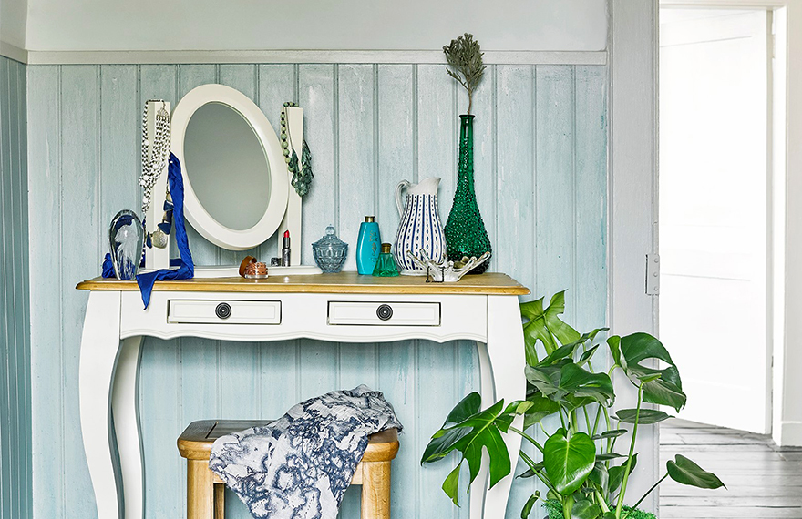 Picking the Perfect Dressing Table