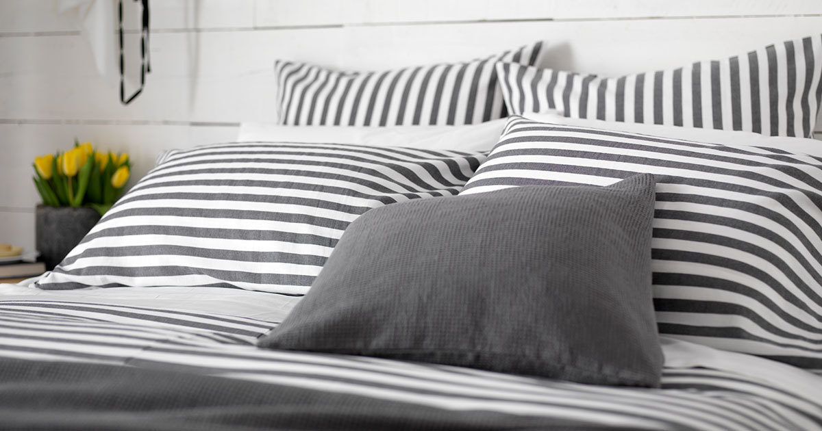 Striped Bedding 100 Cotton, Black And White Striped Bedding Queen