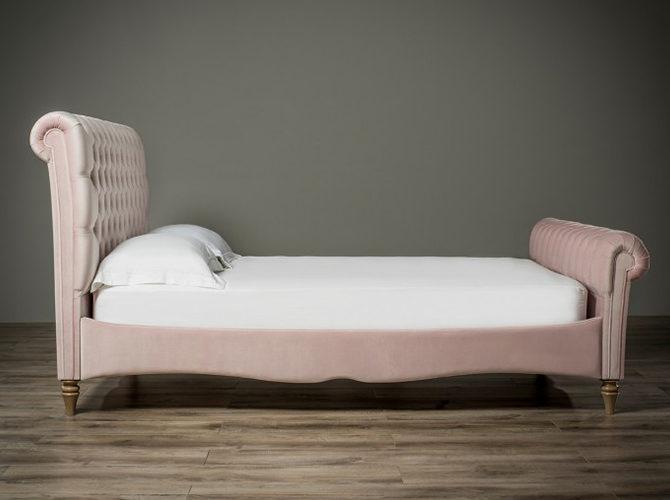 Duchess Chesterfield Bed