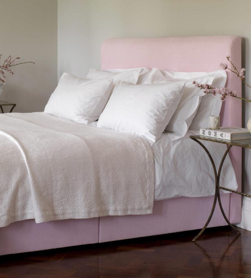 Euro size white cotton percale bed linen secret linen store for Ikea schlafsofa 79 euro