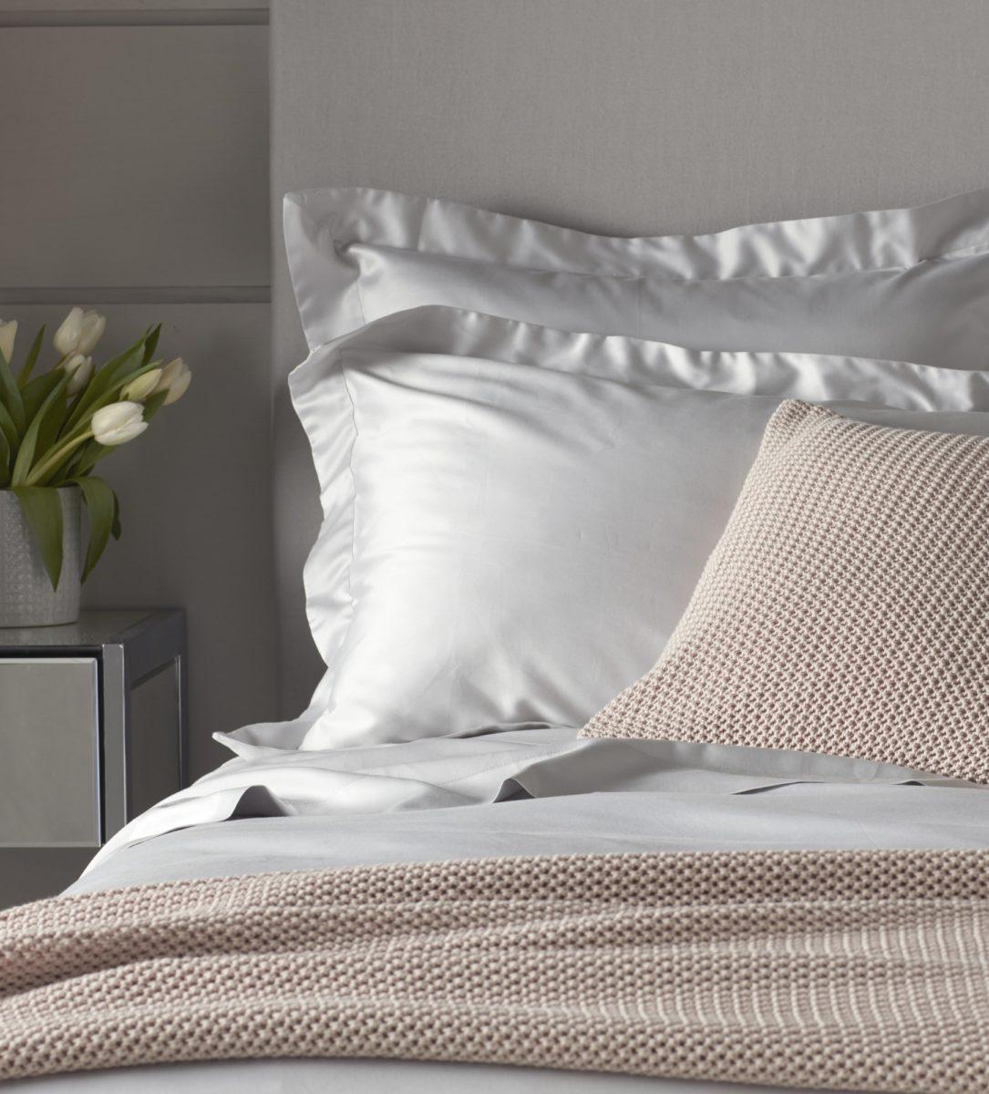 Luxury 600 Thread Count Oxford Pillowcases Light Grey | Secret Linen Store