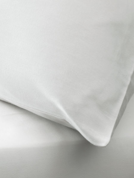 Essential Ivory Pillowcase