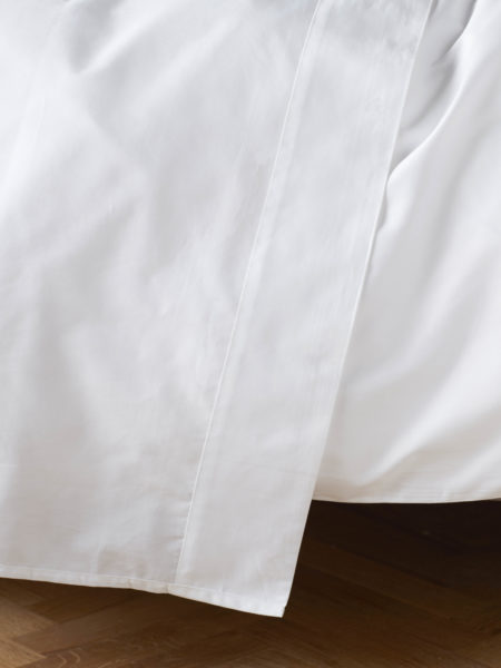 Essential White Flat Sheet