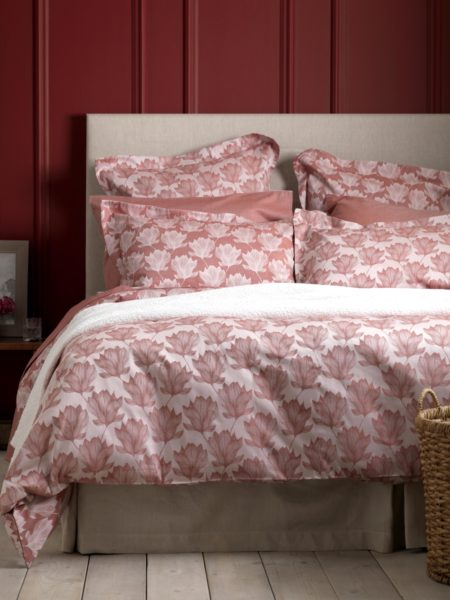 Magnolia Red Bed Linen