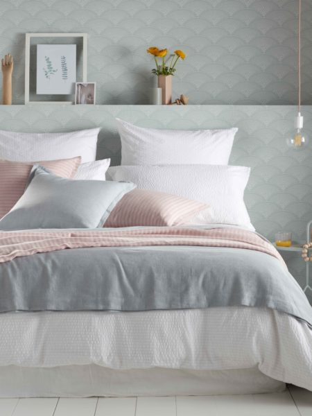 Seersucker White Bed Linen