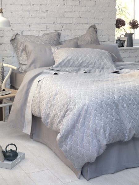 Teasels Dove Grey Duvet Cover