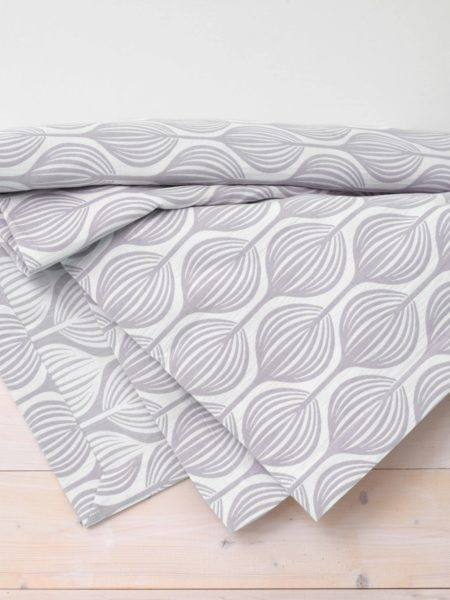 Teasels Dove Grey Bed Throw