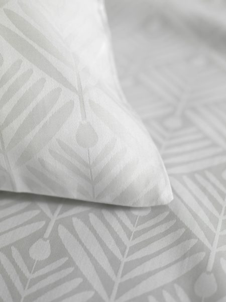 Tulips Housewife Pillowcases