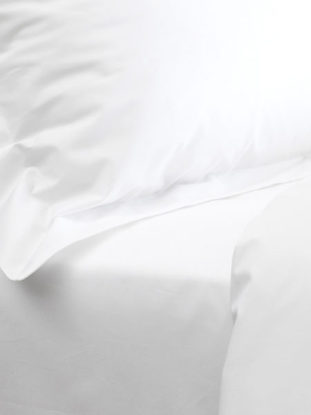 White Cotton Percale 200 Thread Count Fitted Sheet