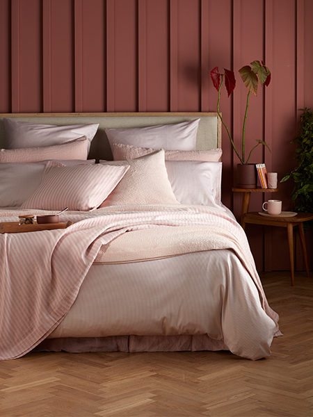 5 Tips For Giving Your Bedroom A Blush Pink Pop
