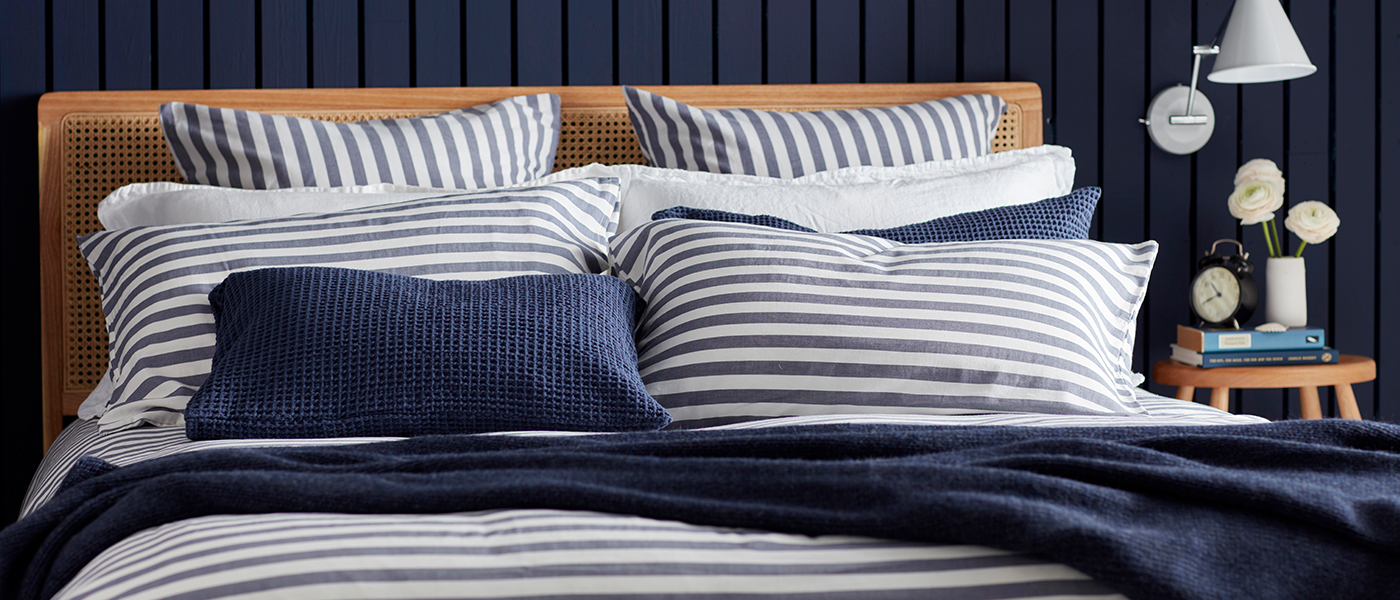 Coastal Stripe Navy Bedding with Knitted Accessories