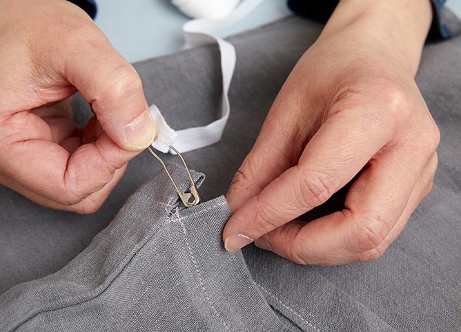 How to make a scrub bag from a pillowcase