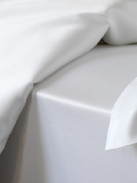 Luxury 600 Thread Count White Fitted Sheet