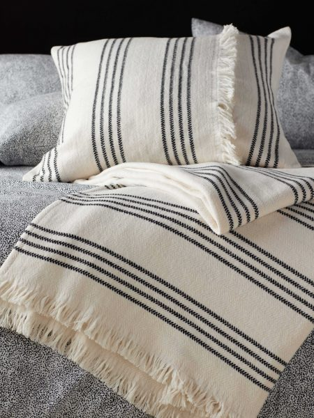 Sonny Cushion Cover and Throw